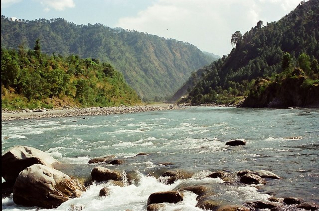 River Ravi passes through the Chamba valley; Image credit