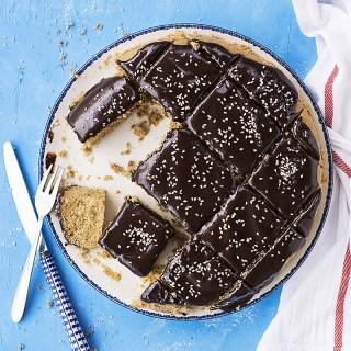 Φανουρόπιτα (κέικ με ελαιόλαδο) με γκανάς σοκολάτα - ταχίνι προφιλ