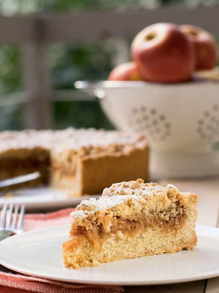 εύκολη τριφτή μηλόπιτα 4