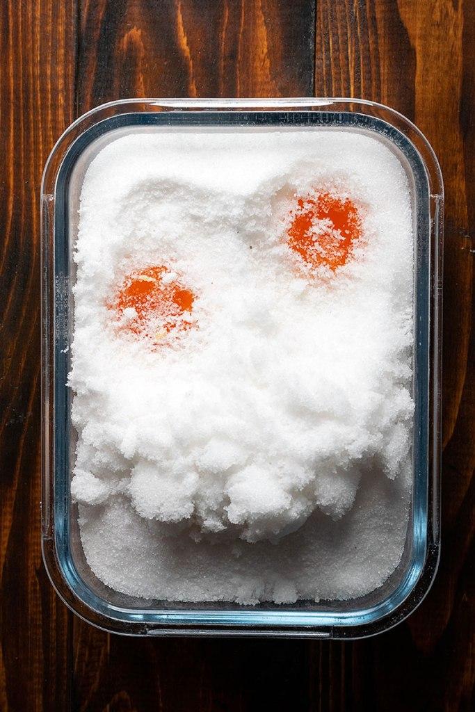 πως να φτιάξετε παστούς κρόκους αυγών 2