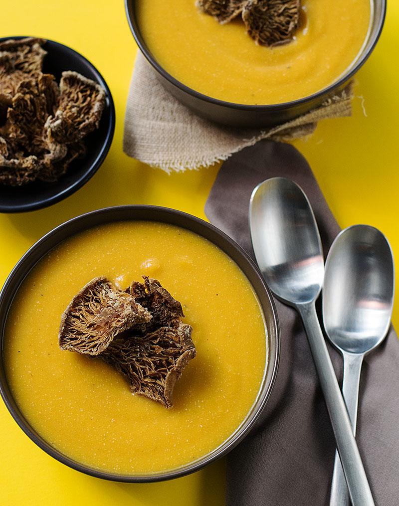 vegan_pumpkin_soup_with_mushroom_chips7
