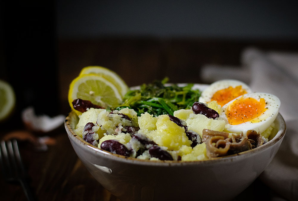 potato-mash-with-red-beans-egg-and-mustard-greens-3