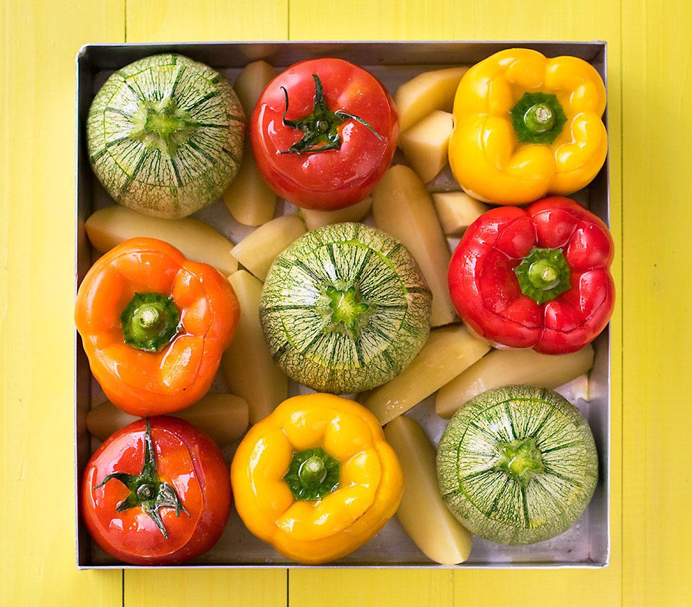 Everything grains Mediterranean stuffed vegetables 2