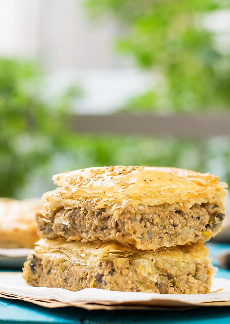 Mediterranean minced meat phyllo pie (kimadopita) 4