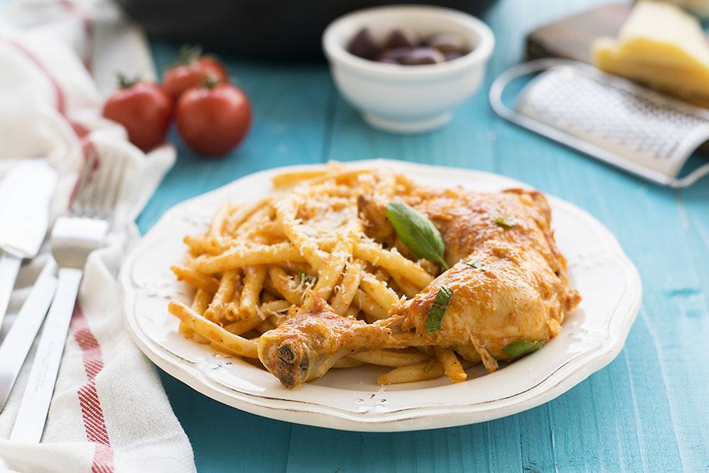 Whole chicken cacciatore stew with bucatini pasta 5