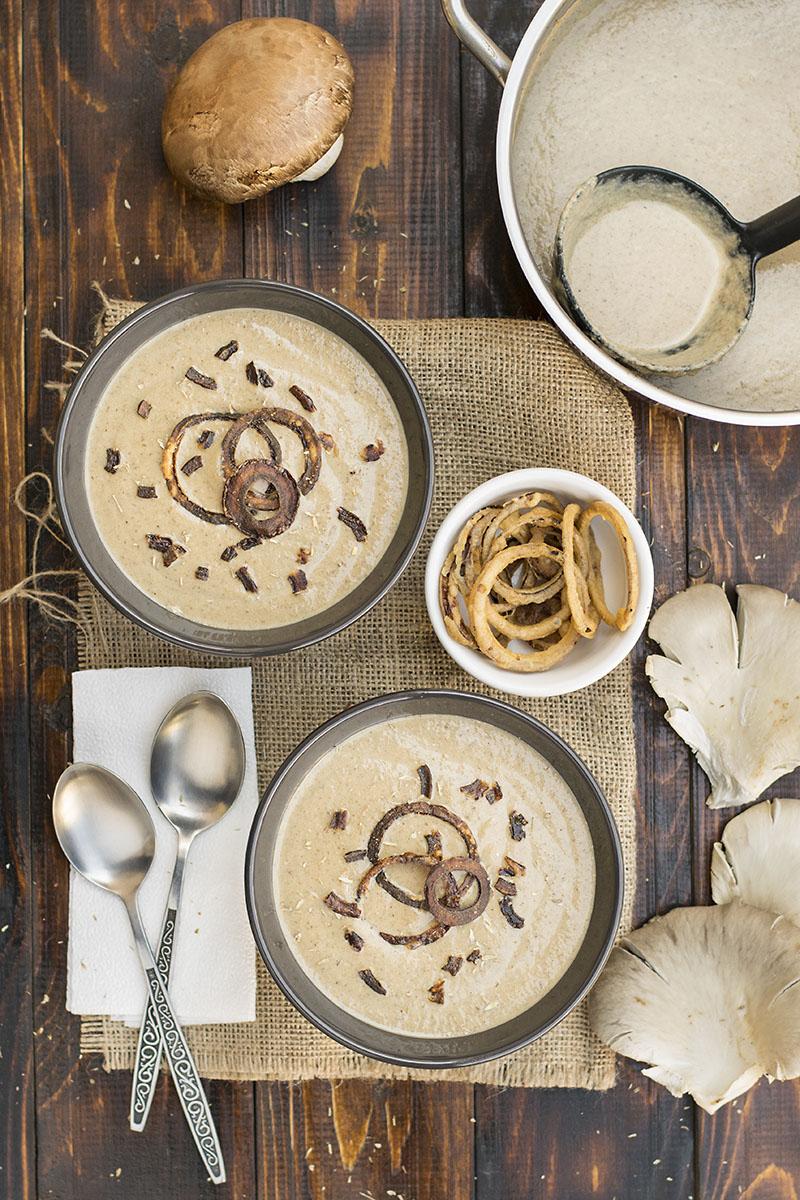 Creamy Italian mushroom soup with black garlic & porcini 1