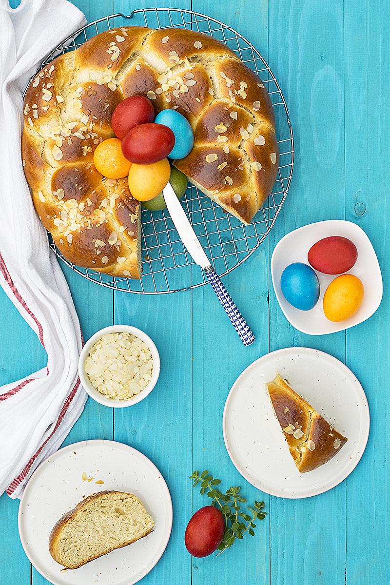 Greek Easter sweet bread with olive oil (Tsoureki)