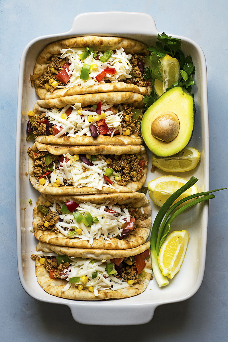 Pitacos – Pita bread tacos with minced beef and beans 5