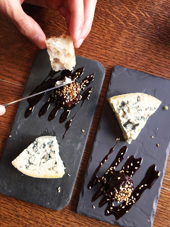 Fourme d'Ambert (French blue cheese), prune with red wine