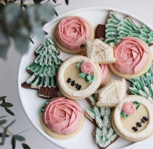 Engagement buttercream frosted sugar cookies with personalized wedding date. The hutch oven