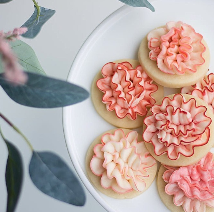 Buttercream froste dcarnation sugar cookies The hutch oven