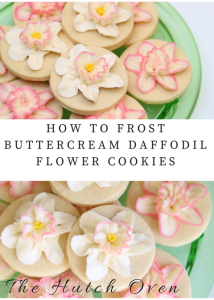 how to frost buttercream daffodil flower cookies for Spring