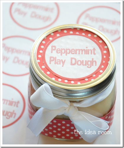 peppermint play dough 3wm