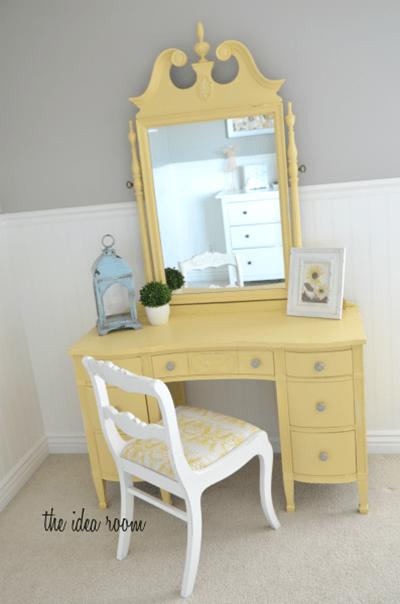 White Raisin Favorite Paint Colors Blog
