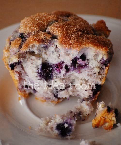 blueberry sourcream muffins