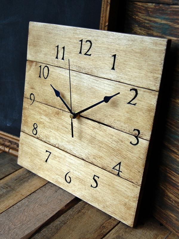 pallet-clock-1