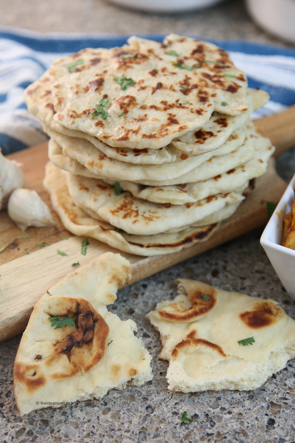 How to Make Garlic Naan Bread Recipe
