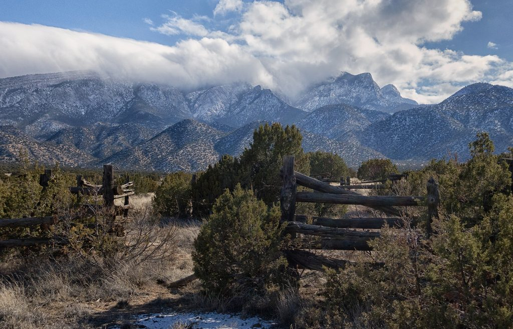 Sandia Mountains, relaxing weekend in Corrales, New Mexico