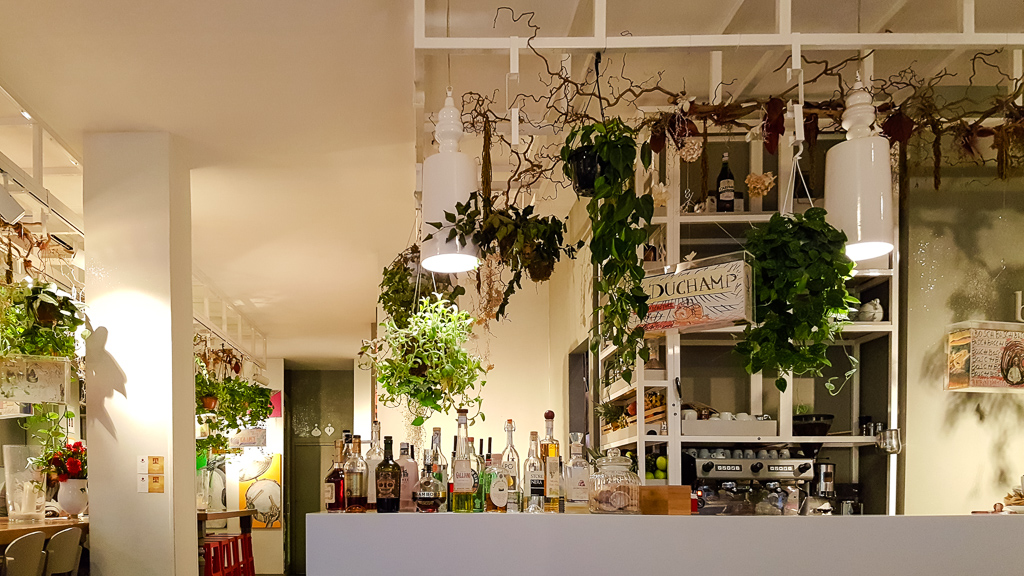 Vegetarian restaurants in Rome, Italy