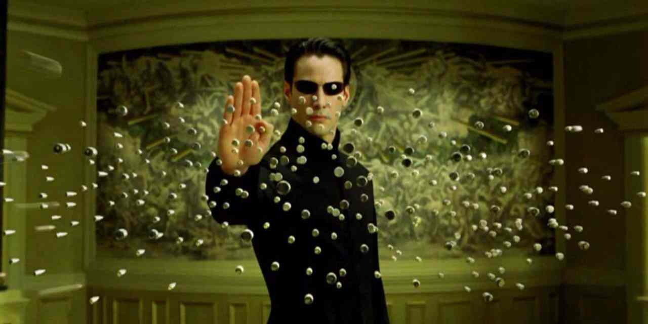 The Matrix 4 Stops Traffic In New On-Set Photos