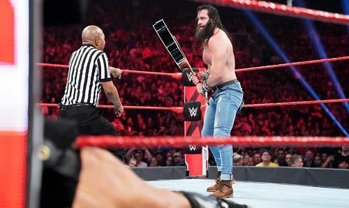 WWE Elias