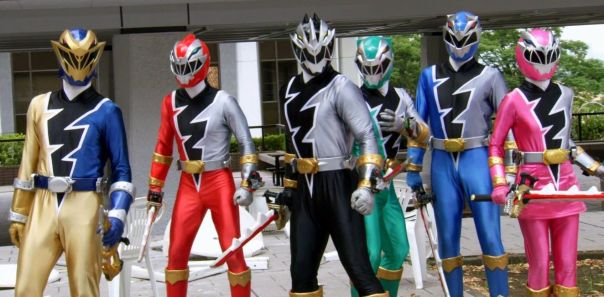 Gold Ranger Actor Jordon Fite Arrives in New Zealand to Film Power Rangers Dino Fury - The Illuminerdi
