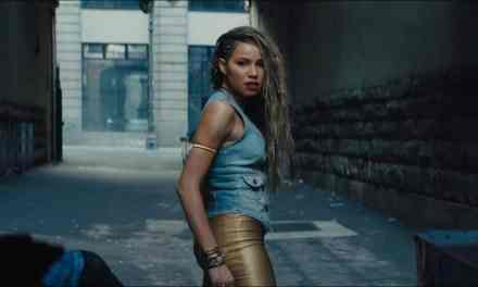 Jurnee Smollett's Black Canary and Green Arrow Tease Sparks Team-up Project Speculation