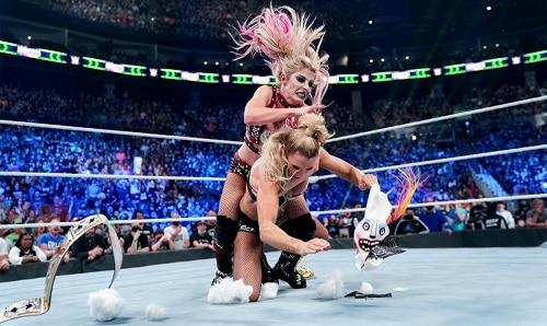 WWE Alexa Bliss and Charlotte Flair
