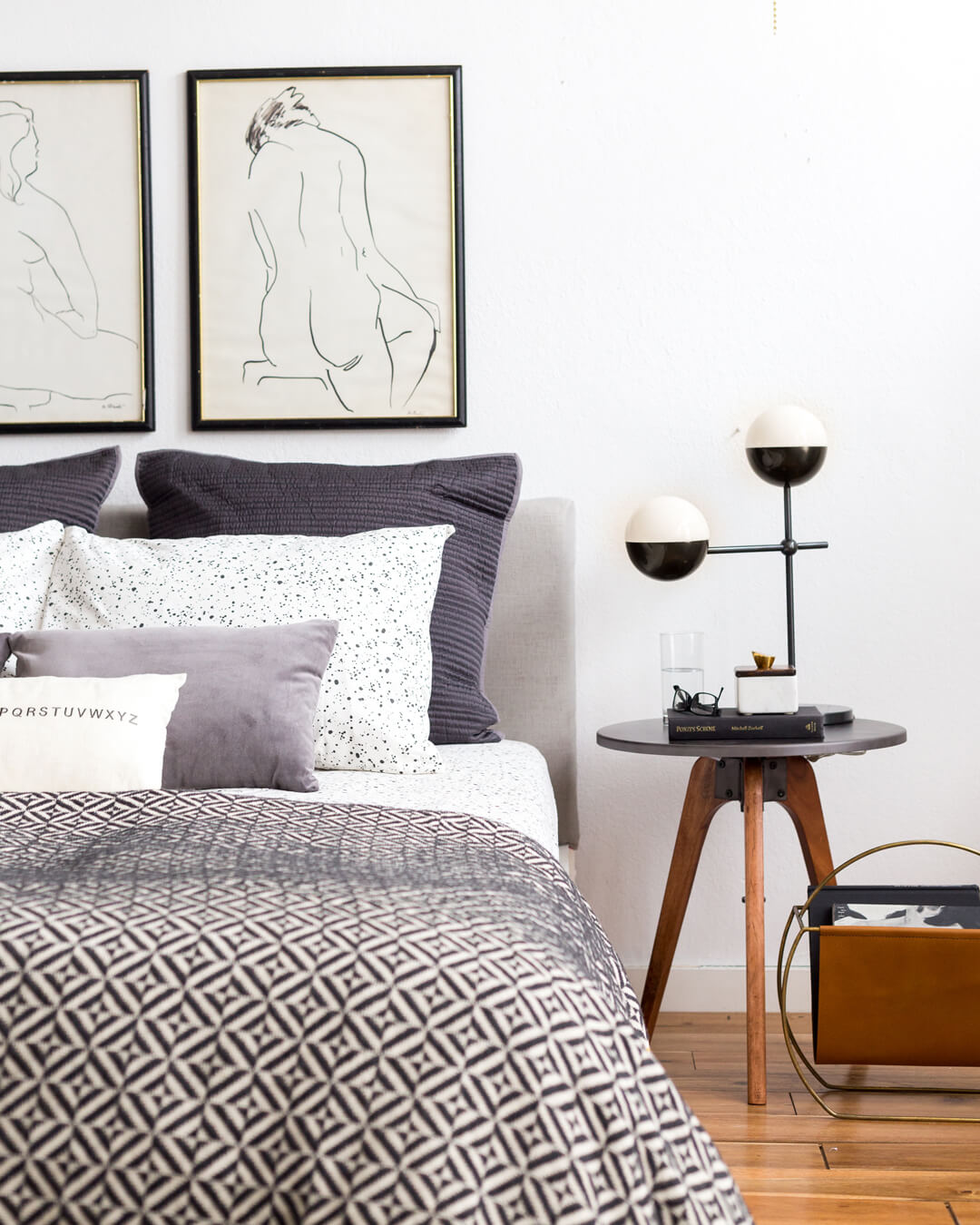 Emily_Henderson_1_Bed_Styling_04