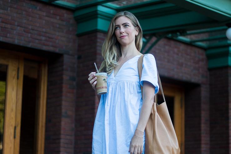 blue dress, cafe brauer