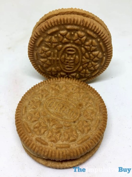 Limited Edition Apple Pie Oreo Cookies 3