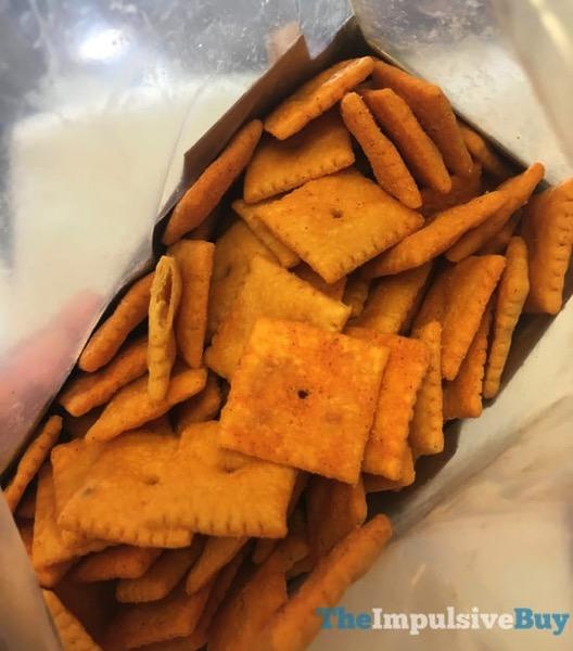 Cheez It Buffalo Wing Crackers 2