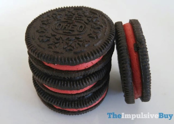 Limited Edition Hot  Spicy Cinnamon Oreo Cookies 2