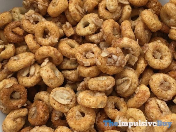 Cheerios Oat Crunch Cinnamon Cereal 3