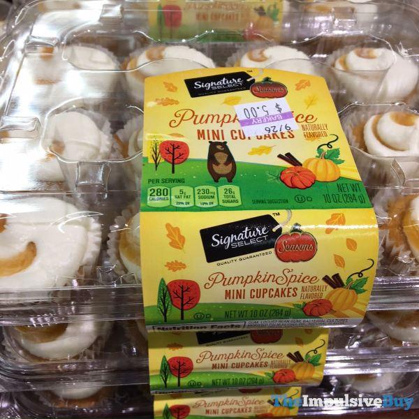 Signature Select Seasons Pumpkin Spice Mini Cupcakes