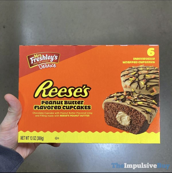 Mrs Freshley s Deluxe Reese s Peanut Butter Flavored Cupcakes
