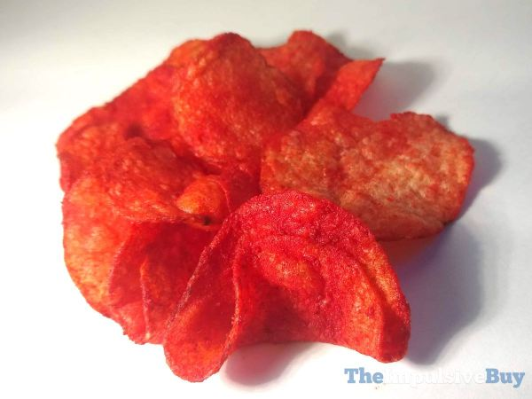 Lay s Kettle Cooked Flamin Hot Limon Potato Chips Closeup