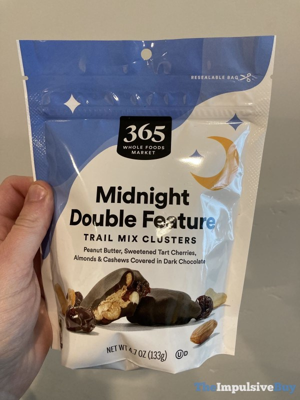 365 Whole Foods Market Midnight Double Feature Trail Mix Clusters