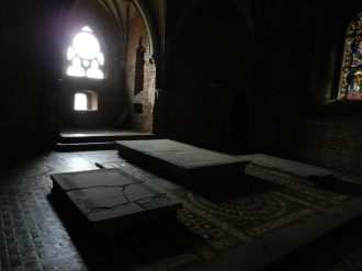 Tombs malbork