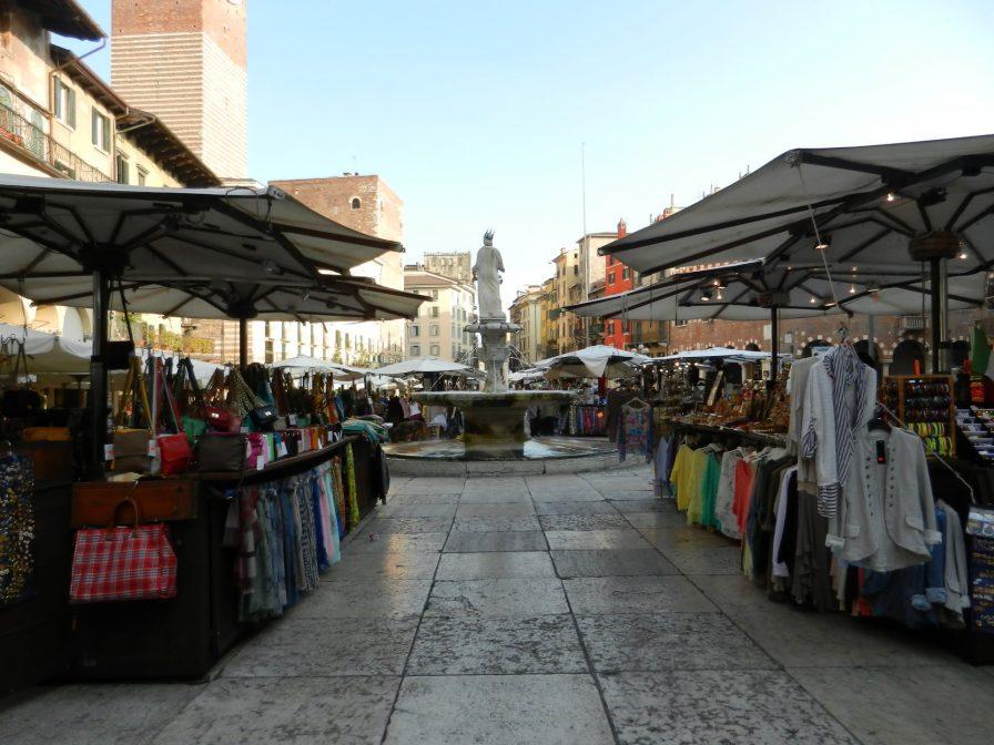 Shops on Piazza, Verona