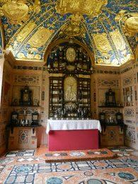 rich-chapel-munich-residenz-germany
