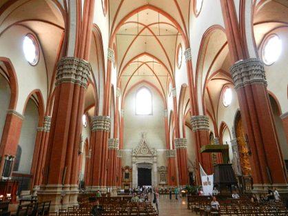 Basilica di san Petronio interior, Bologna, Italy