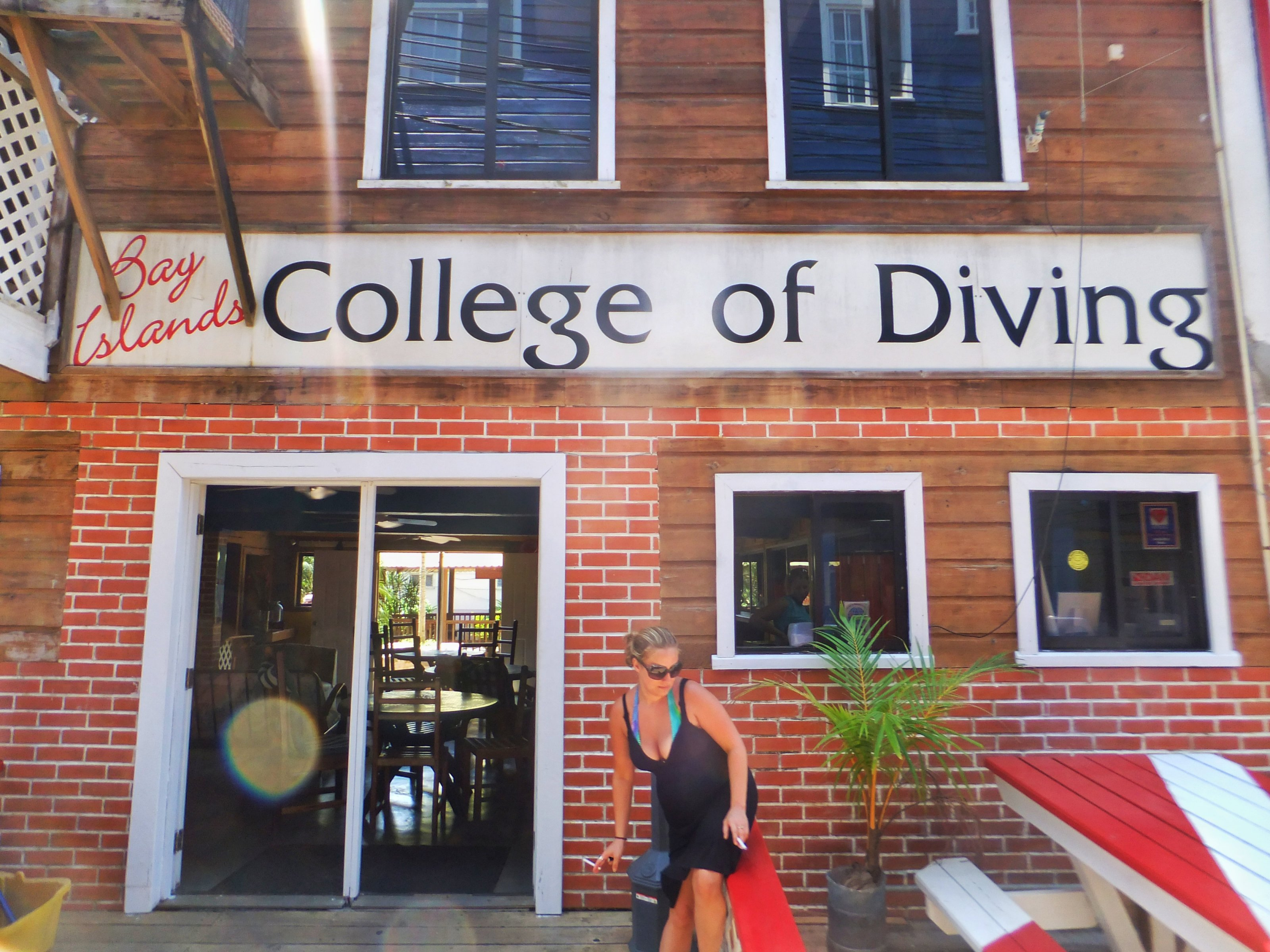 Bay Islands College of Diving