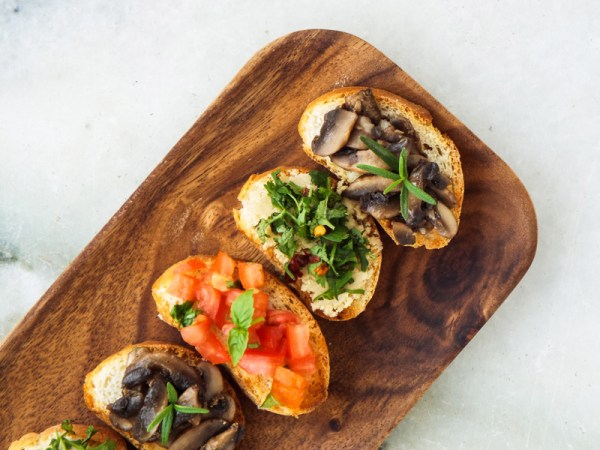 vegan bruschetta 3 ways