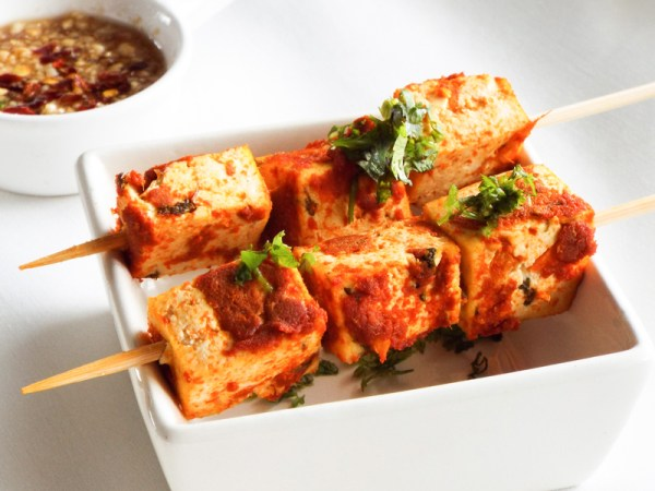 red curry tofu skewers vegan