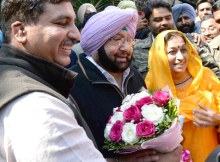 Chandigarh, March 11 Saturday, 2017 (kulbir singh kalsi):- After the massive victory of PPCC President Capt Amrinder Singh addressed media persons at chandigarh