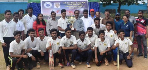 boys team. winner.walalwalkar HSS