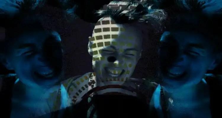 Torii Wolf - Shadows Crawl ft. DJ Premier