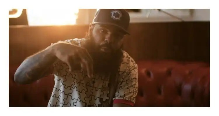 Stalley - 1 Deep (Solo)