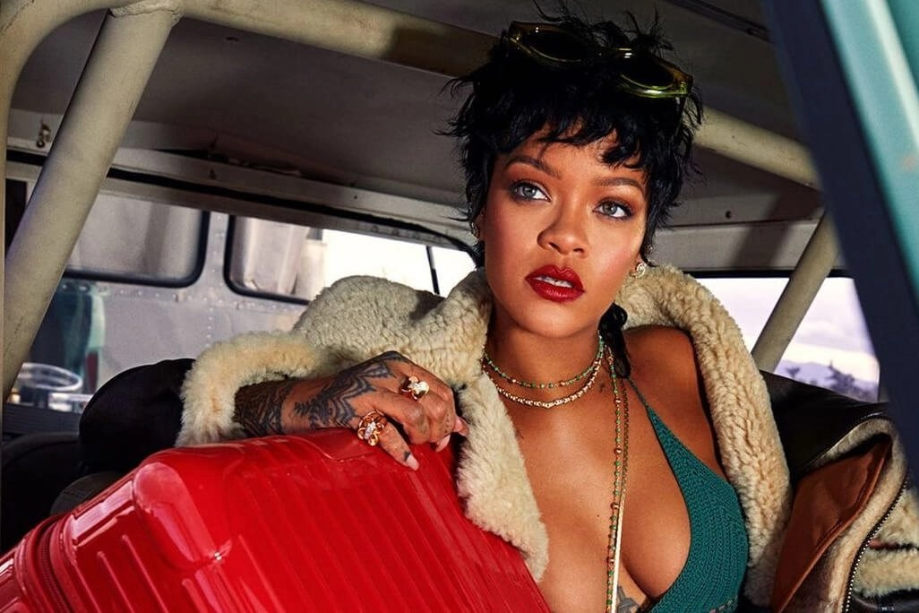 Rihanna: 'It Was Real Weird Getting Congratulations Texts From People For Money'